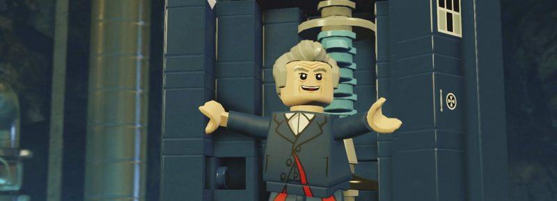 duodecimo doctor saliendo de la tardis lego