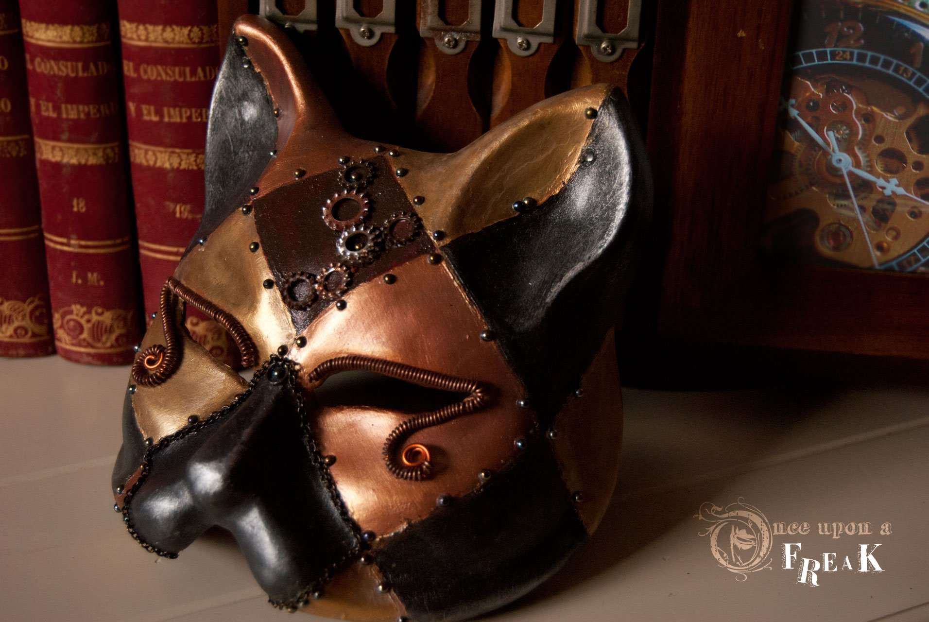 mascara veneciana gato steampunk