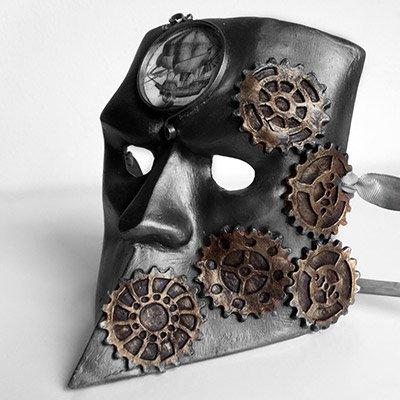 mascara con engranajes