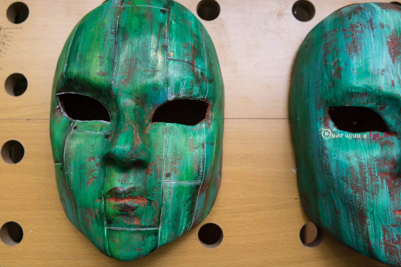 mascara veneciana personalizada basada en al obra de teatro Aetas