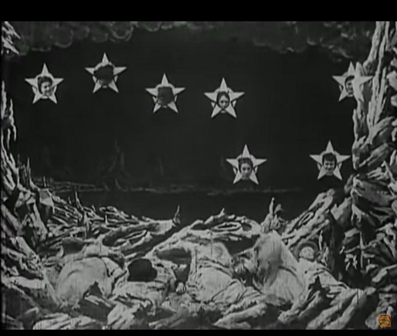 señoras estrella en la película viaje a la luna
