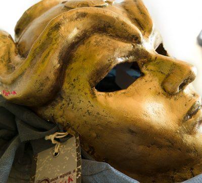 Así se hace una máscara de los hijos de la arpía. Segunda parte