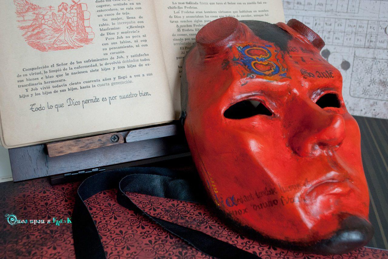 M scara veneciana diablo for Cara pintada diablo